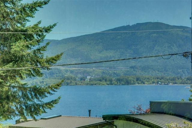 2500 171st Ave SE, Bellevue, WA 98008 (#1148816) :: Ben Kinney Real Estate Team