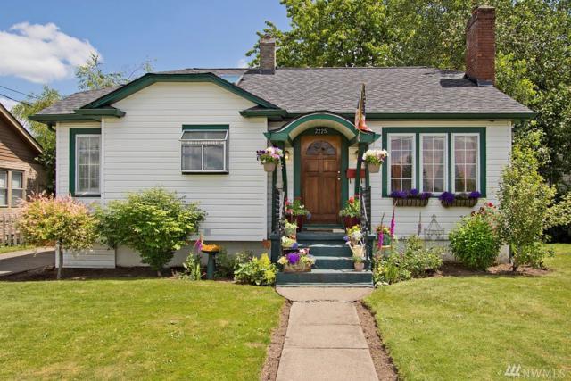 2225 Porter St, Enumclaw, WA 98022 (#1148822) :: Ben Kinney Real Estate Team