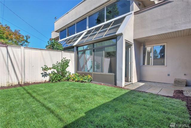 8229 212th St SW #303, Edmonds, WA 98026 (#1149189) :: Ben Kinney Real Estate Team