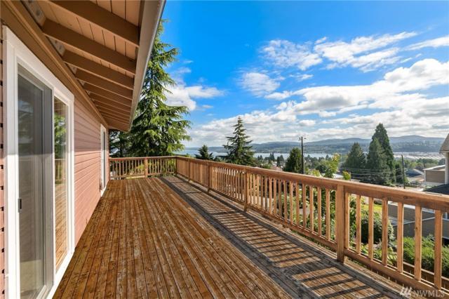 8123 S 121st St, Seattle, WA 98178 (#1149375) :: Ben Kinney Real Estate Team