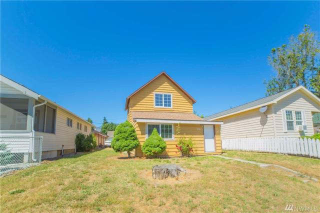 236 N Emerson, Wenatchee, WA 98801 (#1149684) :: Ben Kinney Real Estate Team
