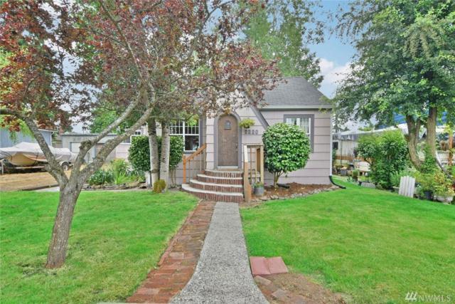 2220 Melvin Ave, Everett, WA 98203 (#1149739) :: Ben Kinney Real Estate Team
