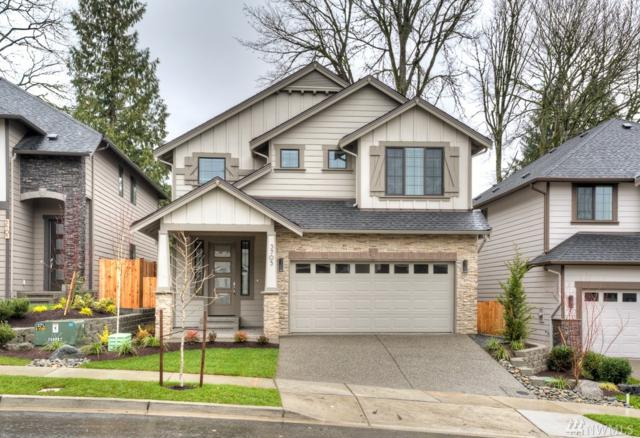 1427 184th St SW #8, Lynnwood, WA 98037 (#1149853) :: Ben Kinney Real Estate Team