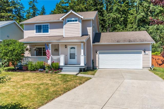 1590 NW Almond Lp, Oak Harbor, WA 98277 (#1149916) :: Ben Kinney Real Estate Team