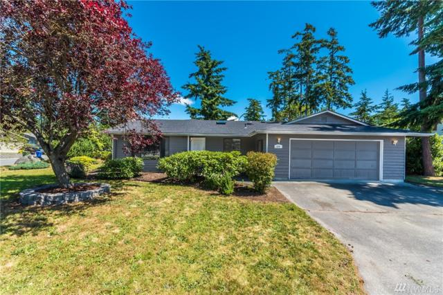 690 NW Columbia, Oak Harbor, WA 98277 (#1150159) :: Ben Kinney Real Estate Team