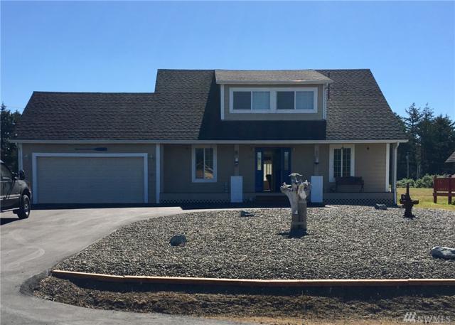 214 Canal Dr NE, Ocean Shores, WA 98569 (#1150281) :: Ben Kinney Real Estate Team
