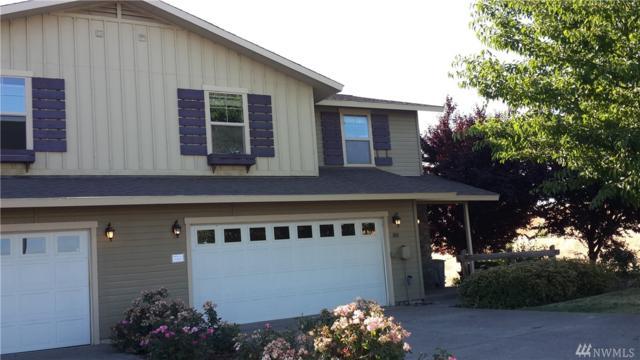 808 Fountain Blvd, Zillah, WA 98953 (#1155578) :: Ben Kinney Real Estate Team