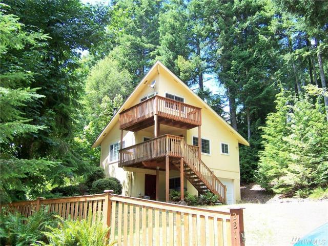 221 N Trail Head Lp, Lilliwaup, WA 98555 (#1159454) :: Ben Kinney Real Estate Team