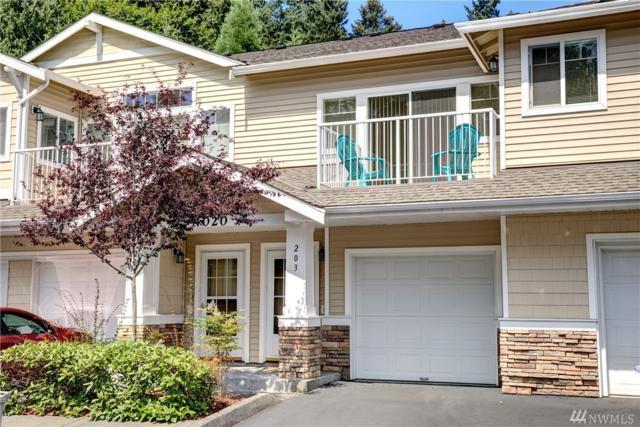 4020 S 222nd Place #203, Kent, WA 98032 (#1161825) :: Ben Kinney Real Estate Team