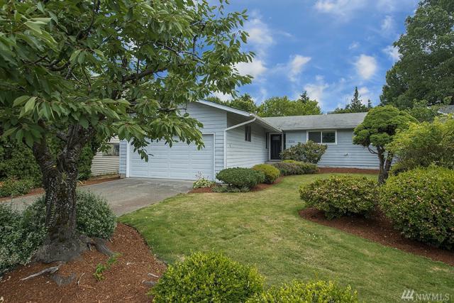 13216 121st Ave NE, Kirkland, WA 98034 (#1166237) :: Keller Williams Realty Greater Seattle