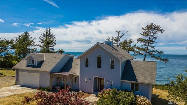 1455 West Beach Rd, Oak Harbor, WA 98277 (#1169251) :: Ben Kinney Real Estate Team