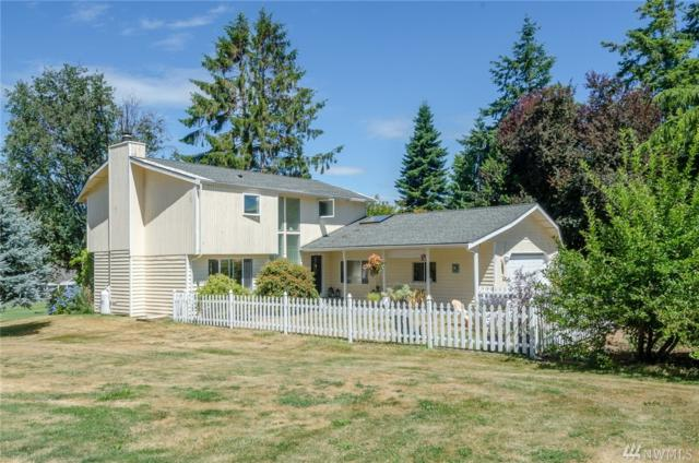 2425 Soundview Dr, Langley, WA 98260 (#1169400) :: Homes on the Sound
