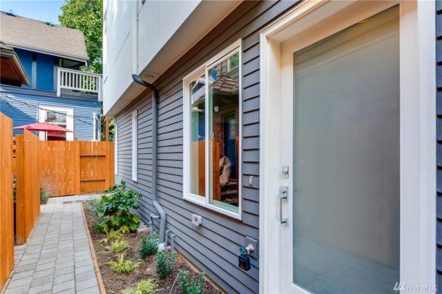 2336 44th Ave SW B, Seattle, WA 98116 (#1170659) :: Ben Kinney Real Estate Team