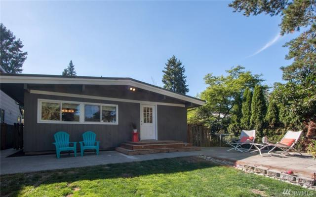 11706 26th Ave NE, Seattle, WA 98125 (#1170864) :: Alchemy Real Estate