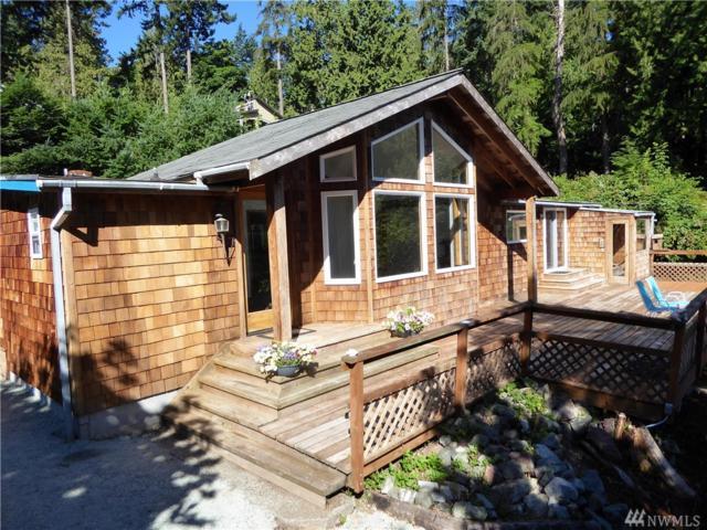 7350 Holiday Blvd, Anacortes, WA 98221 (#1172926) :: Ben Kinney Real Estate Team