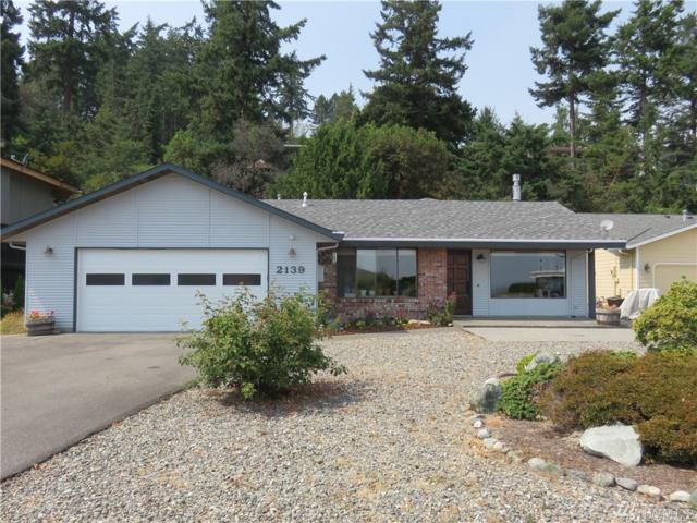 2139 Stoney Beach Lane, Oak Harbor, WA 98277 (#1173047) :: Ben Kinney Real Estate Team