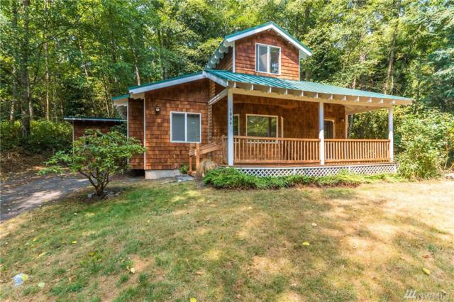 1054 Honeymoon Lake Dr, Greenbank, WA 98253 (#1176028) :: Ben Kinney Real Estate Team