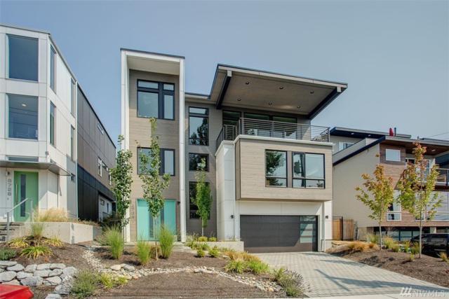 8724 112th Ave NE, Kirkland, WA 98033 (#1176107) :: Keller Williams - Shook Home Group