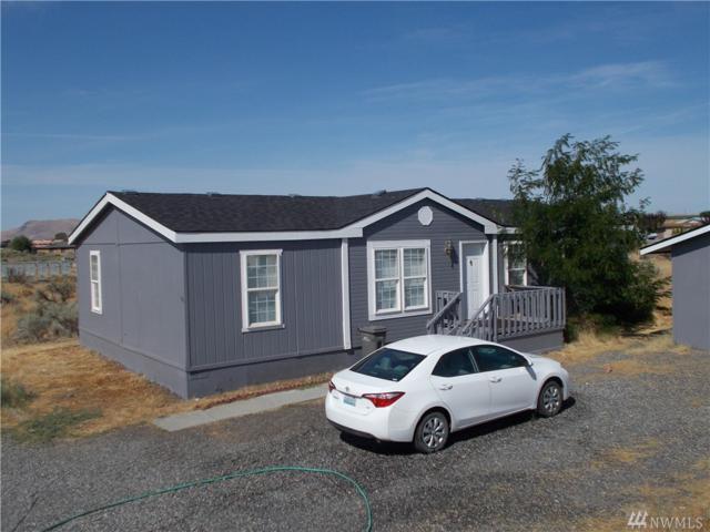 101 Sunshine Cir SW, Mattawa, WA 99349 (#1177927) :: Ben Kinney Real Estate Team