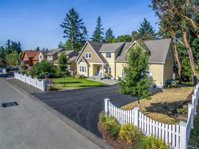1933 Douglas Dr NE, Bainbridge Island, WA 98110 (#1180598) :: Mike & Sandi Nelson Real Estate