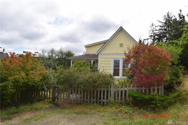 414 B St, South Bend, WA 98586 (#1186564) :: Ben Kinney Real Estate Team