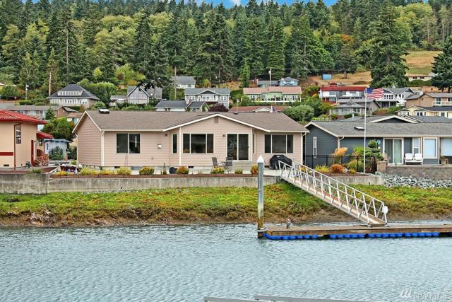 2246 Mariners Way, Oak Harbor, WA 98277 (#1186954) :: Ben Kinney Real Estate Team