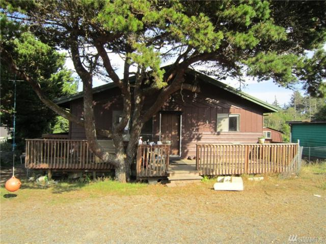 9 Grover St, Copalis Beach, WA 98535 (#1189040) :: Homes on the Sound