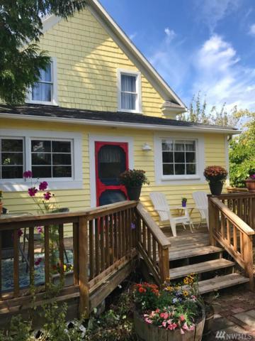 9933 SW Windmill St, Vashon, WA 98070 (#1189594) :: Ben Kinney Real Estate Team