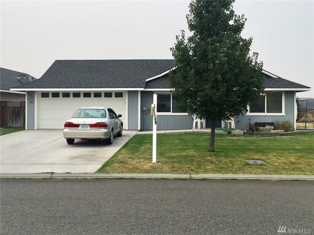 830-W Elm St, Connell, WA 99326 (#1189809) :: Ben Kinney Real Estate Team