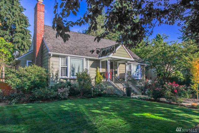 8208 42nd Ave NE, Seattle, WA 98115 (#1189951) :: Ben Kinney Real Estate Team