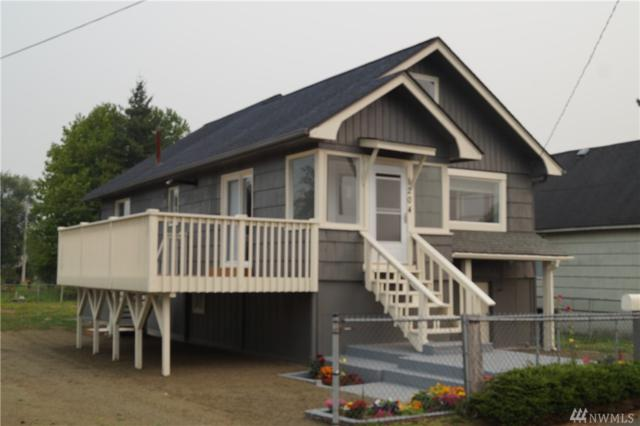 1204 W Perry, Aberdeen, WA 98520 (#1190346) :: Ben Kinney Real Estate Team