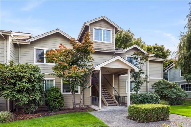 755 5th Ave NW E203, Issaquah, WA 98027 (#1192421) :: Team Richards Realty