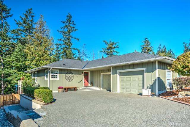 2714 Washington Blvd, Anacortes, WA 98221 (#1192749) :: Ben Kinney Real Estate Team