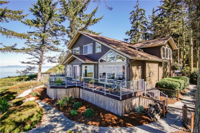 1677 West Beach Rd, Oak Harbor, WA 98277 (#1193120) :: Ben Kinney Real Estate Team