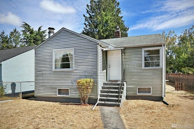 10532 Fremont Ave N, Seattle, WA 98133 (#1193225) :: Beach & Blvd Real Estate Group