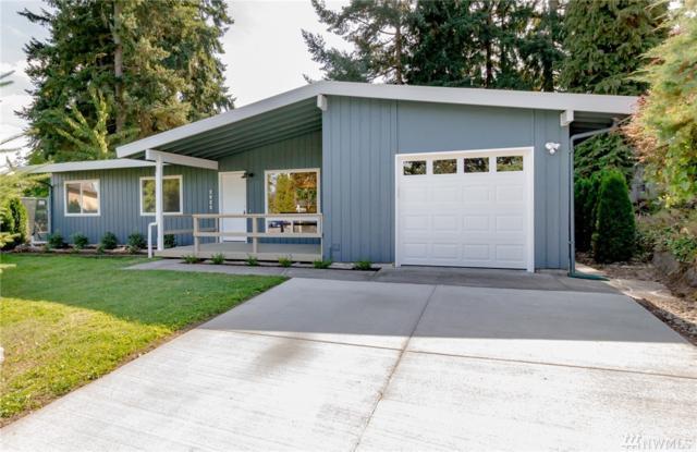 2625 Lake Youngs Ct Se, Renton, WA 98058 (#1194058) :: Ben Kinney Real Estate Team