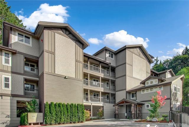 18609 SE Newport Wy #108, Issaquah, WA 98027 (#1194065) :: Ben Kinney Real Estate Team