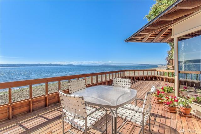 10861 Arroyo Beach Place SW, Seattle, WA 98146 (#1195071) :: Ben Kinney Real Estate Team