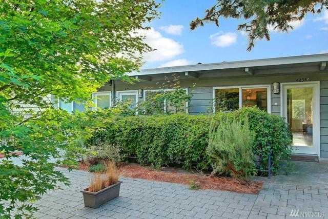 4253 Palatine Ave N A, Seattle, WA 98103 (#1195157) :: The Deol Group