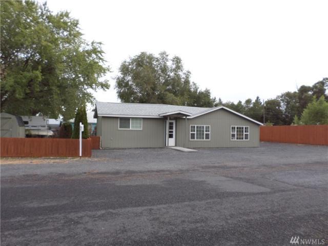 329 Adrian Ave NW, Soap Lake, WA 98851 (#1195418) :: Ben Kinney Real Estate Team