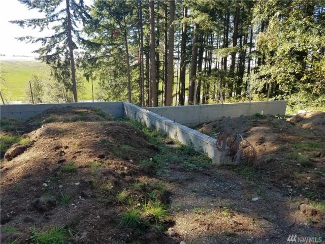 7026 Lower Ridge Rd, Everett, WA 98203 (#1195599) :: Ben Kinney Real Estate Team