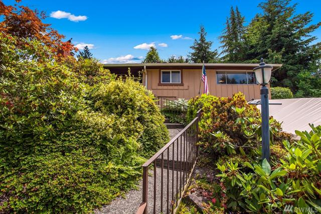 7123 S Sunnycrest Rd, Seattle, WA 98178 (#1195855) :: Ben Kinney Real Estate Team