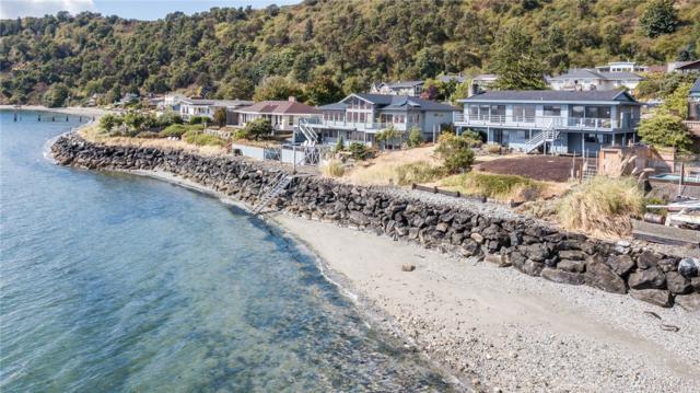 25920 Gold Beach Dr SW, Vashon, WA 98070 (#1196045) :: Ben Kinney Real Estate Team