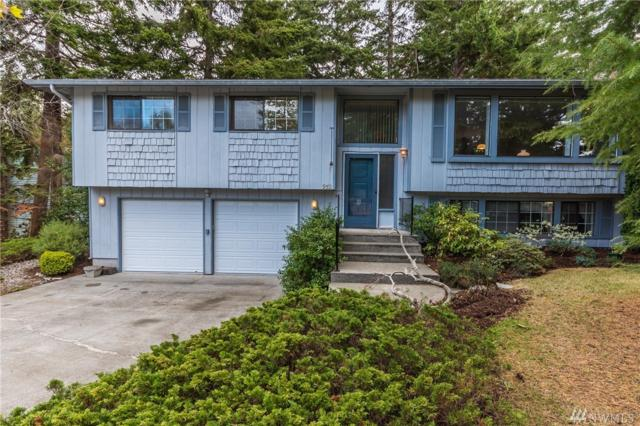 952 SW Inglewood Lane, Oak Harbor, WA 98277 (#1196133) :: Windermere Real Estate/East