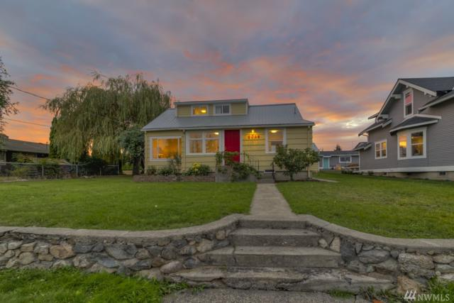 2028 L Ave, Anacortes, WA 98221 (#1196146) :: Ben Kinney Real Estate Team