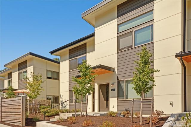 4234 S Greenbelt Station Dr, Seattle, WA 98118 (#1196707) :: The Snow Group at Keller Williams Downtown Seattle