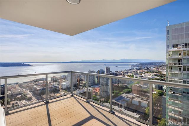 588 Bell St 3906S, Seattle, WA 98121 (#1196877) :: Team Richards Realty