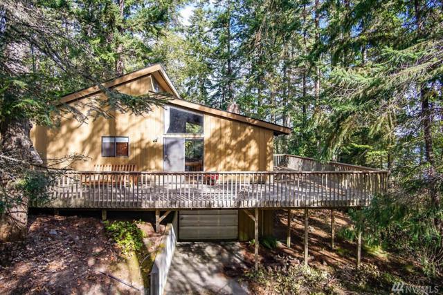 800 Shangri-La Cir, Coupeville, WA 98239 (#1196958) :: Ben Kinney Real Estate Team
