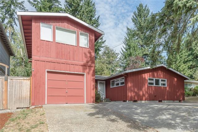 2020 NE 102nd St, Seattle, WA 98125 (#1196998) :: Ben Kinney Real Estate Team