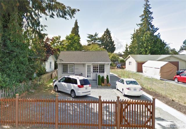 11225 14th Ave SW, Seattle, WA 98146 (#1198342) :: Ben Kinney Real Estate Team